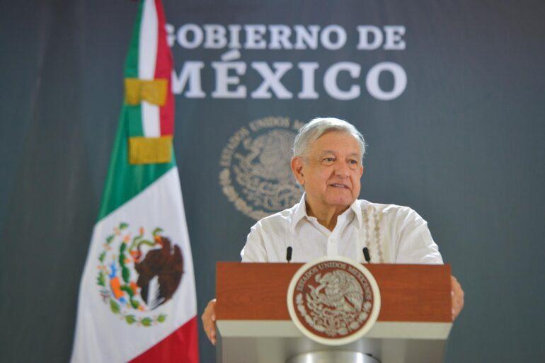 Presidente mexicano plantea a la oposición referendo revocatorio en 2022 trasprotestas