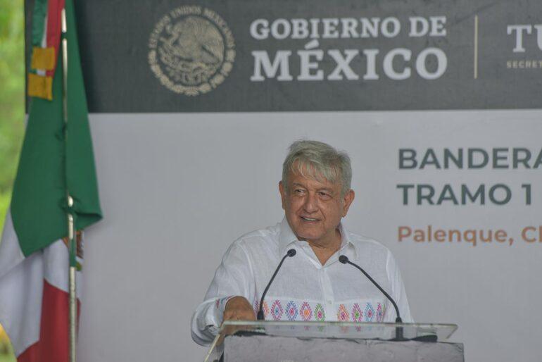Presidente López Obrador llama a no utilizar la fuerza tras disturbios enGuadalajara