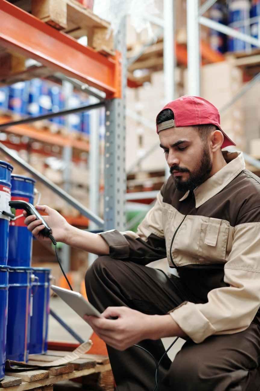 Ganan hasta dos salarios mínimos ocho de cada 10 trabajadores:Inegi