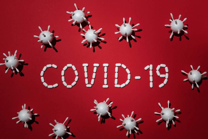La economía mundial decrece mientras el coronavirus sigue enalza