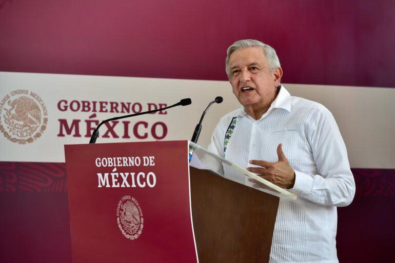 Presidente mexicano plantea a organismos autónomos revertir reformaenergética
