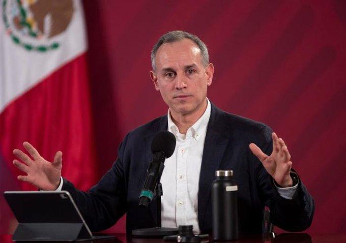 Hugo López-Gatell anuncia que tienecovid-19