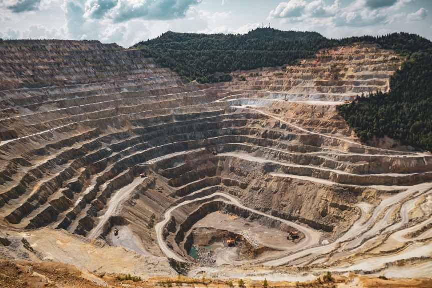 Industria minera y metalúrgica se recuperó 1,5% anual en México trasreapertura