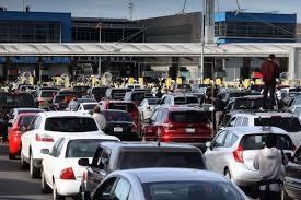Restricciones por covid-19 en frontera de México y EEUU se extienden por un mesmás