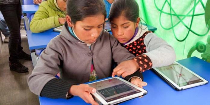 SNTE acopia aparatos electrónicos para estudiantes enOaxaca