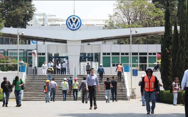 Sindicato de VW en Puebla emplazó a huelga para el 6 denoviembre