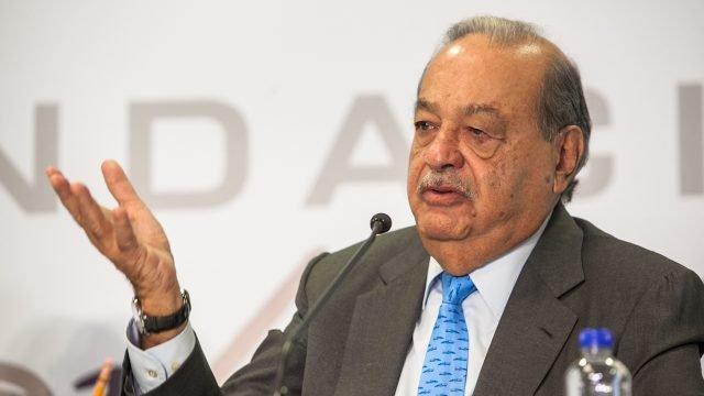 Carlos Slim recomienda elevar hasta los 75 años la edad dejubilación