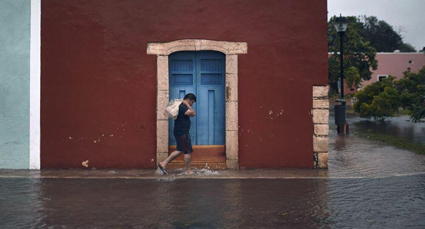 Inundaciones causan 27 muertos y 180,000 damnificados en sureste deMéxico