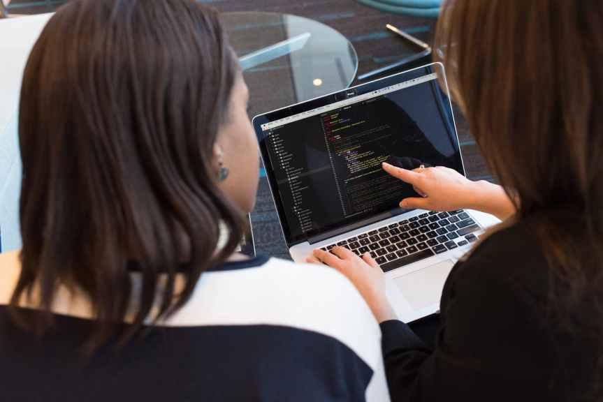 Participación laboral femenina retrocedió a niveles del2005