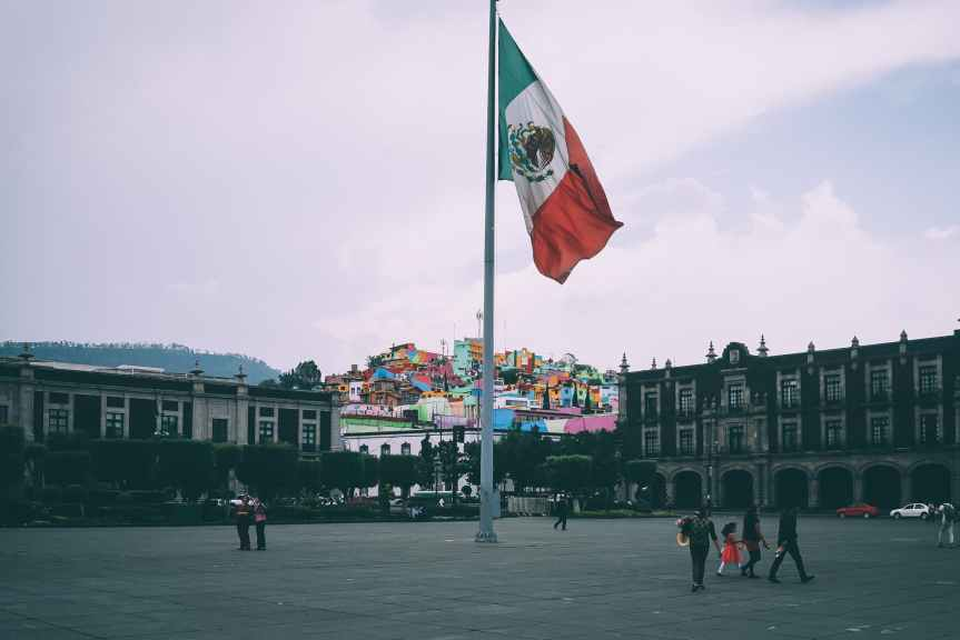 Amaga CNTE con plantón en el Zócalo si no cumplen acuerdos con elPresidente