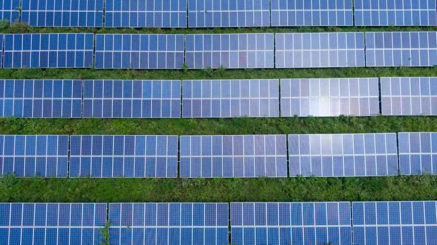 TENDENCIAS. Ahorro y desconexión digital, los beneficios de un sitio web alimentado con energíasolar