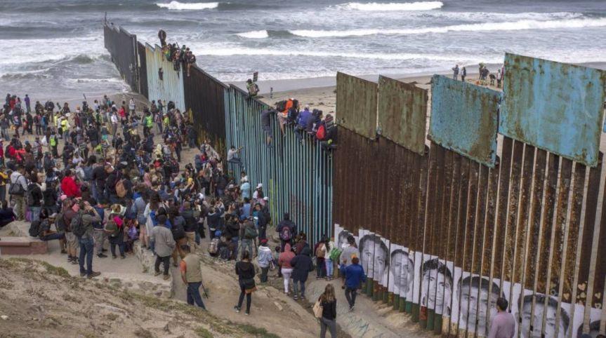 Moscú insta a la ONU a intervenir ante la crisis migratoria en la fronteraEEUU-México