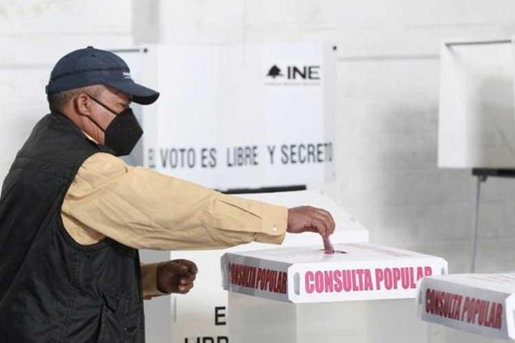 El Sí recibe de 89,36% a 96,28% en referendo sobre gobiernos de México(1988-2018)