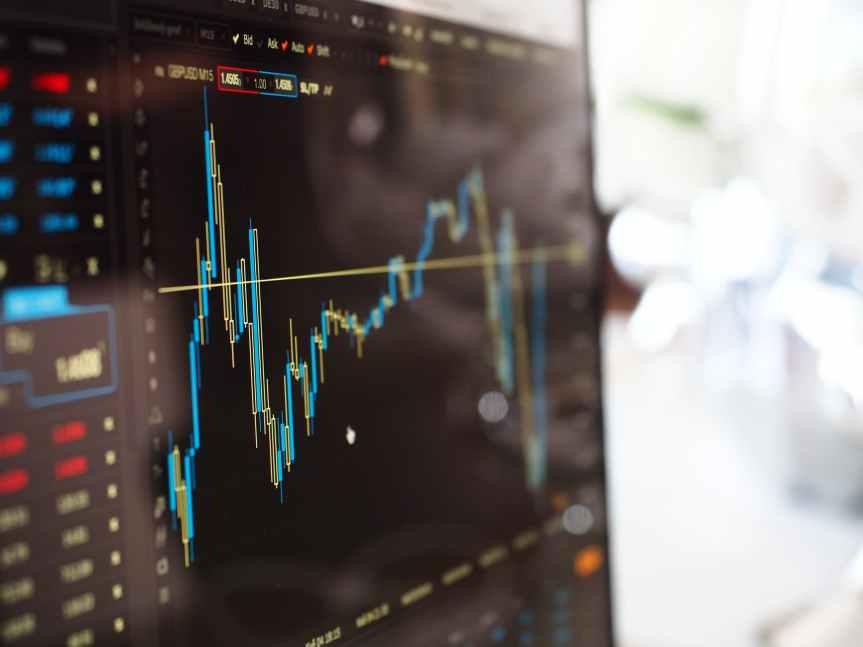 Mercados reaccionan al alza por la Fed yEvergrande